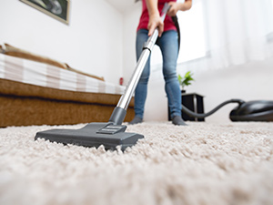 Do Certain Types of Carpets Attract Dirt In SW Florida?